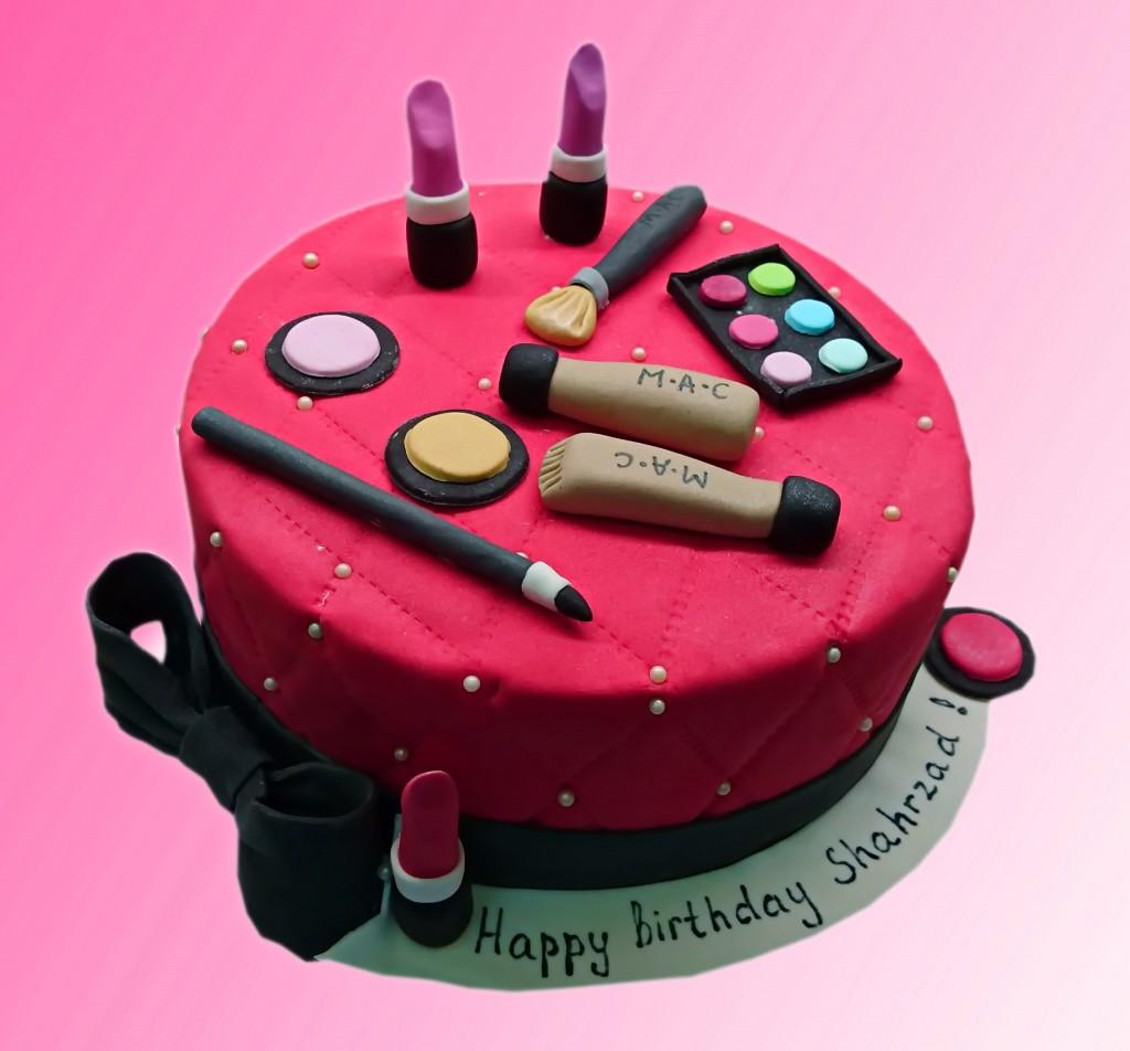 торт с косметикой из мастики купить